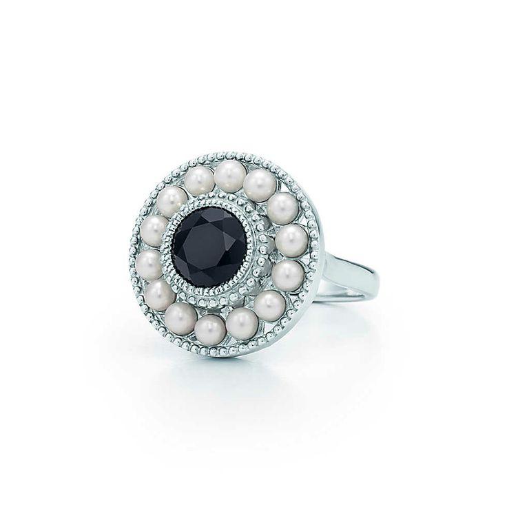 Bague en argent massif, perles et onyx noir, collection Ziegfeld.