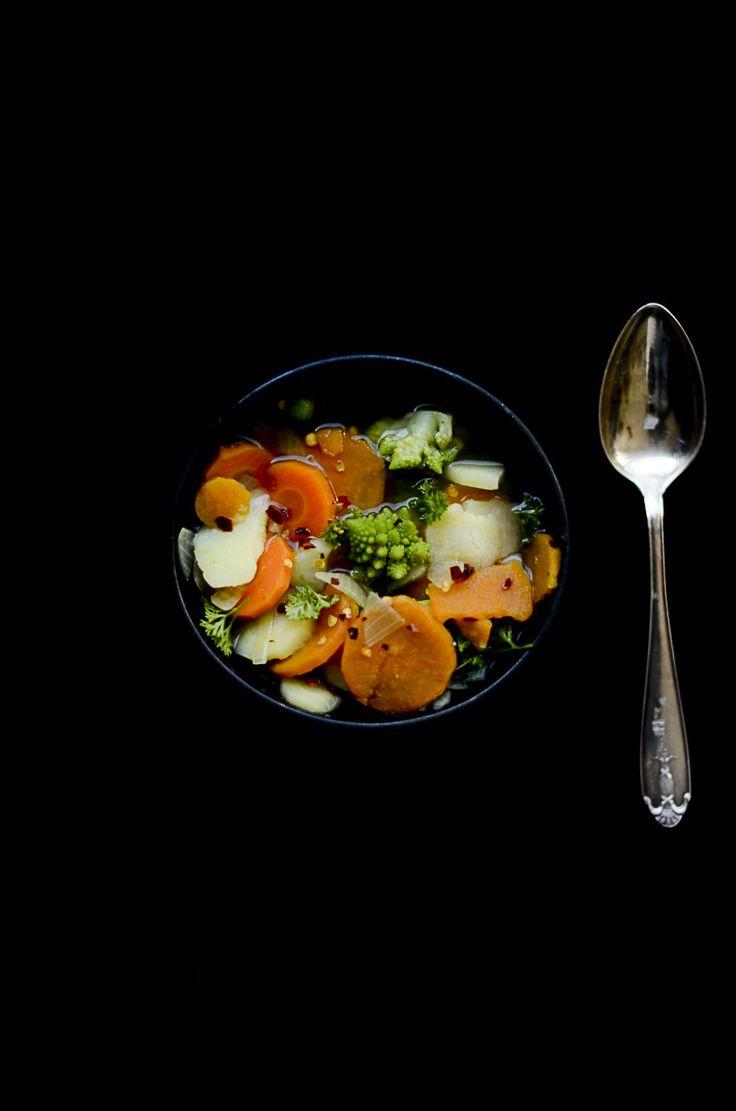Internationella vegandagen och recept på soppa med sötpotatis och romanesko