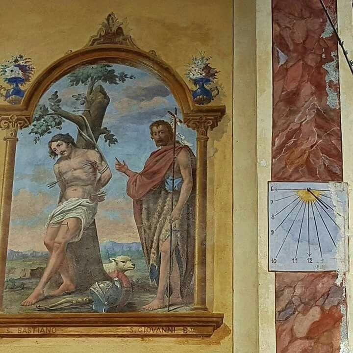 Autore ignoto, San Giovanni Battista indica San Sebastiano, Chiesa di Pontechianale (Cn), foto di Arianna Angelini https://www.instagram.com/angelini.arianna/