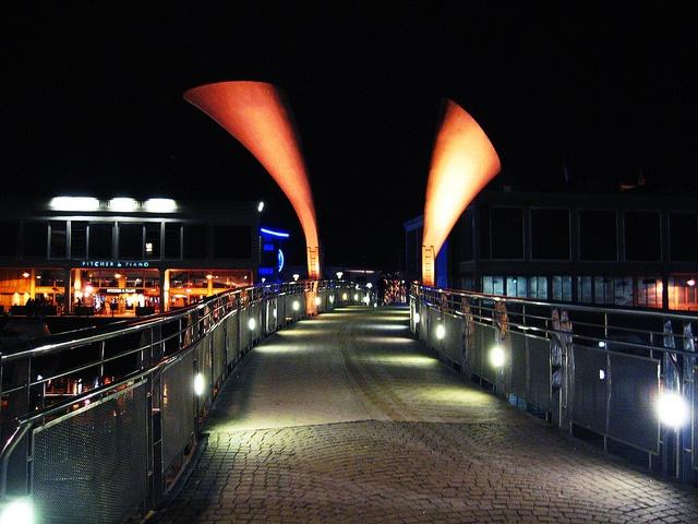 Pero's bridge by Dalia_Nera, via Flickr