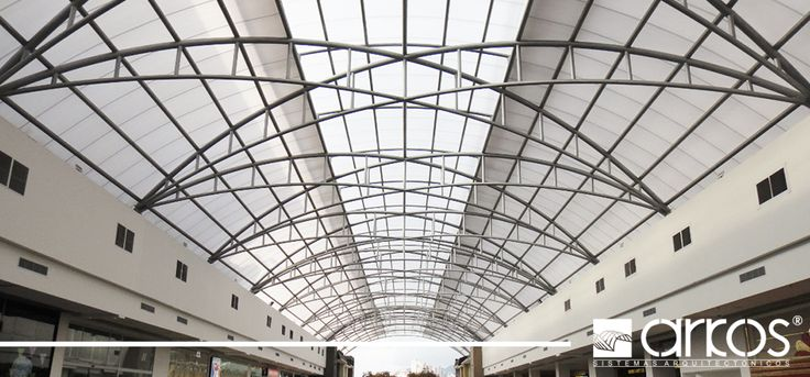 Cubiertas increíbles para centros comerciales en policarbonato