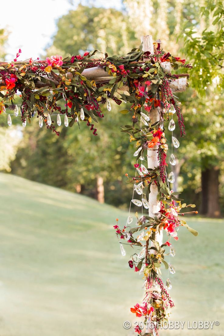 119 best rustic wedding decor images on pinterest wedding decor with this bling wedding junglespirit Images