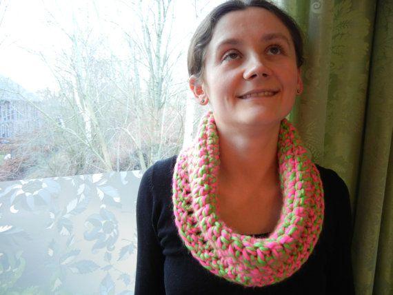 Neon roze sjaal neon groene sjaal zachte sjaal roze door EraOfCrea
