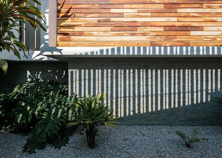 Casa Nochebuena | Dionne Arquitectos | #detail #house #wood #landscape #outdoor #design #garden #texture