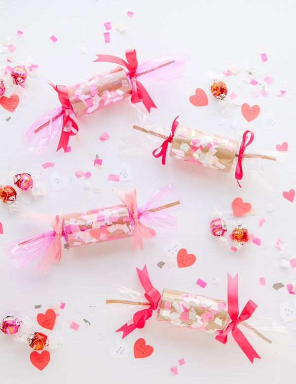 Celebrate your Valentine's Day with these super fun DIY Confetti Crackers!
