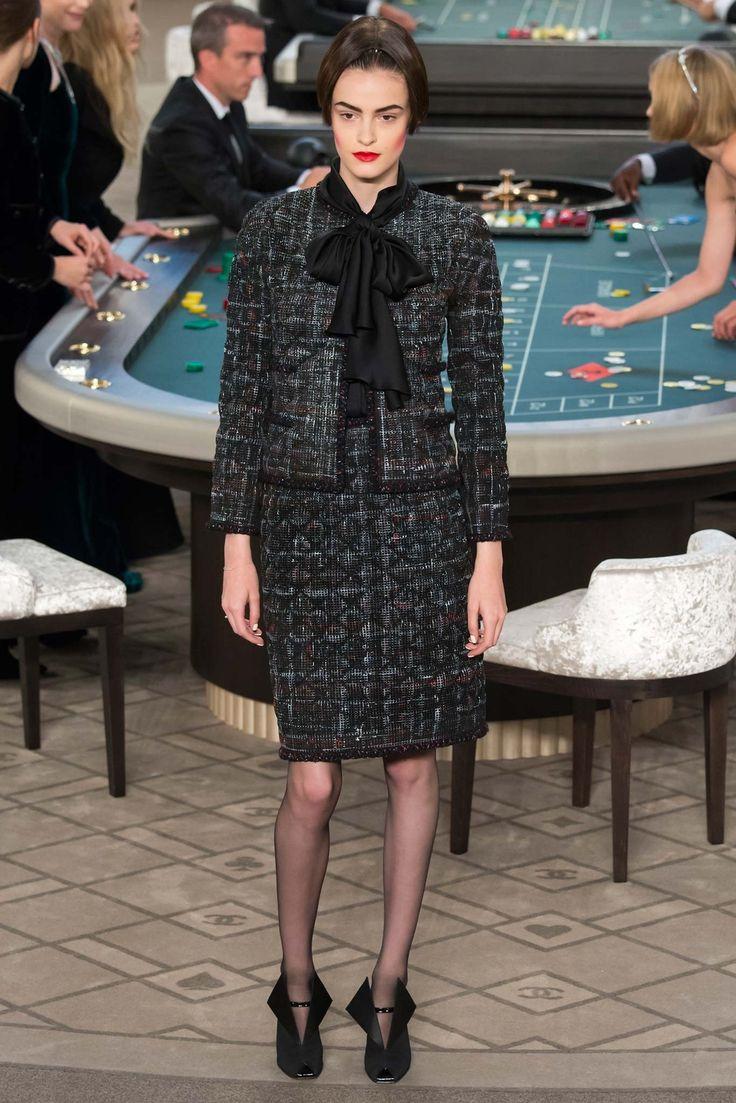 Chanel Fall 2015 Couture Fashion Show - Kremi Otashliyska (Elite)