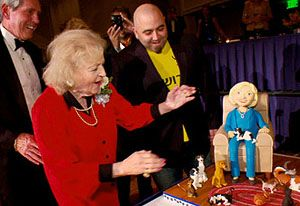 cake for betty white - Ace of Cakes' Sweet Finale
