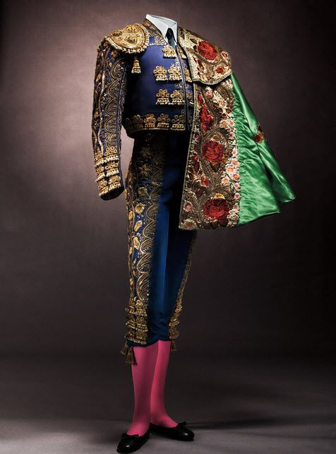 Traje de luces 9 bullfighter's suit ) by Fermin, 1950s – 1960s Worn by Antonio Ordonez and Capote de paseo ( bullfighter's ceremonial cape), 1940s worn by Carlos Azurra. Collection of Bohorquez Domecq, S.L.