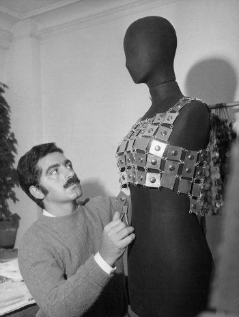 Paco Rabanne At Work 1968 French Fashion Designers Paco Rabanne French Fashion