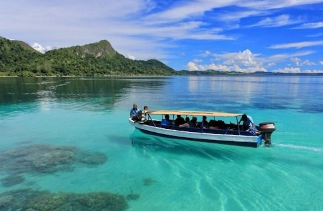 amazing indonesia pantai ora maluku