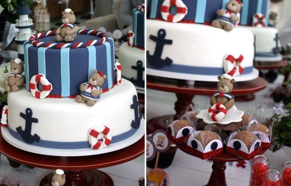 Um chá de bebê super fofo que uniu dois temas: ursinhos + navy! O lindo bolo decorado e os cupcakes que enfeitaram a mesa são da Elaine Monteiro. Uma festi