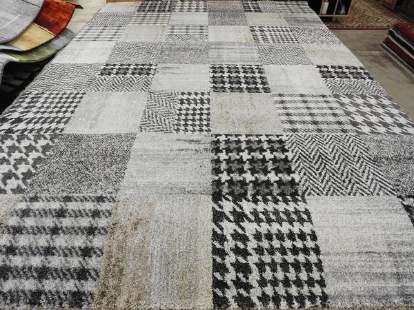 Checkered Tartan Design Turkish Rug Size: 240 x 340cm