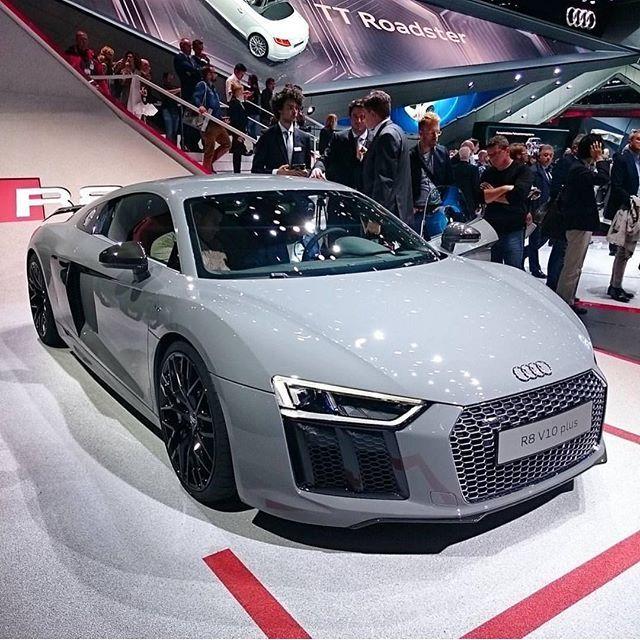 Grey Audi R8 V10 Plus #beautiful