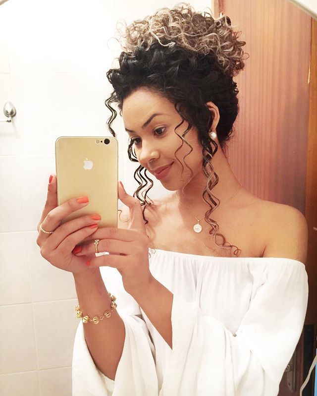 Love this curly updo!!
