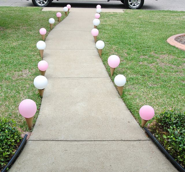 Ice cream walkway for an ice cream party. Too fun! Wish I would have seen this idea before Ava's first birthday!
