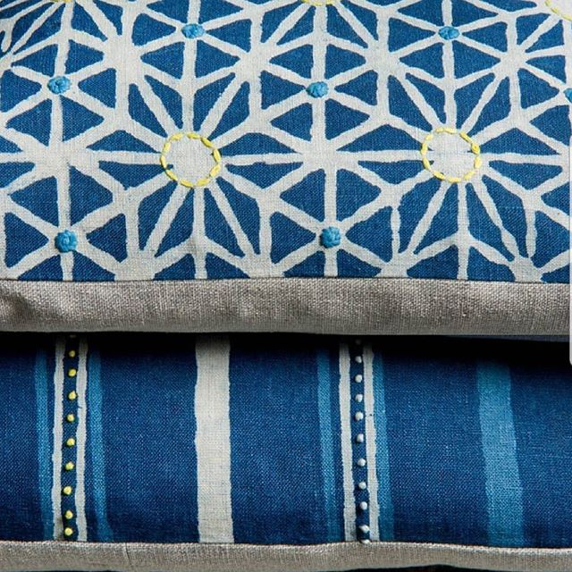 #Repost #pillow #cushion #blue #blueandwhite #classic #style #fabric #embroidery #design #interiors #style #color #interiordesign #lifestyle #decorating #pattern  #home #homedecor #decor #custom #luxe #luxury #bedroom #texture #sofa #interiordesigner #designer #designerliving #newyork #NYC #newyorkcity