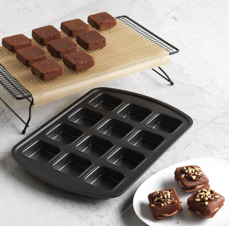 79 Best Pampered Chef S Brownie Pan Images On Pinterest