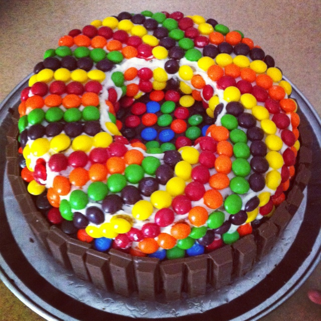 17 best images about skittles on pinterest lemon for M m cake decoration