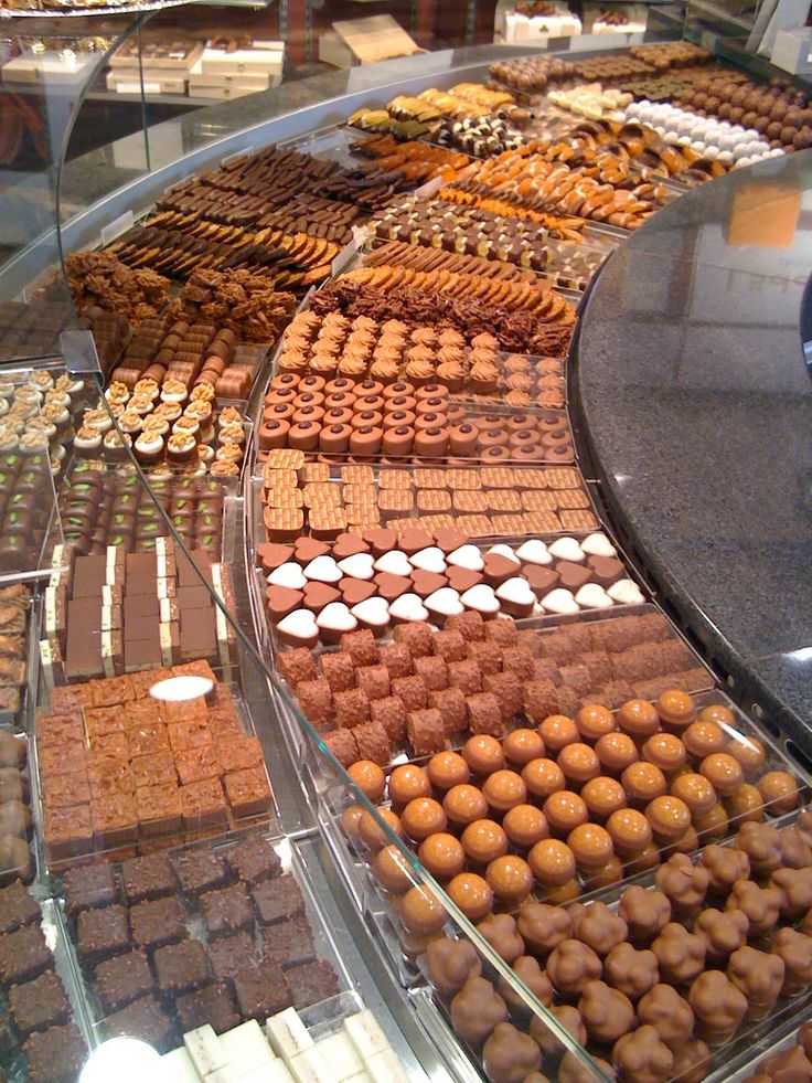 Switzerland Chocolate | Musings by Wurtz: Bern: Swiss Capital