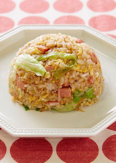 淳影秘伝ペースト ~パラパラチャーハン~ のレシピ・作り方 │ABC ... 中華の定番のチャーハンの素を旨みたっぷりの魚介類を使いペーストに作ります。冷凍保存もでき、炒め物にも卵焼きにも使えて手軽に中華の味ができます。
