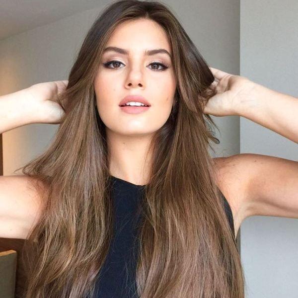 O novo corte de Camila Queiroz