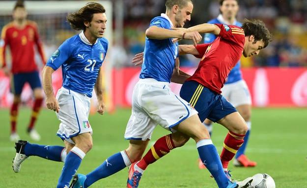 Silva, autor del primer gol del españa-Italia. Todos los detalles en http://www.rtve.es/deportes/futbol/directo/