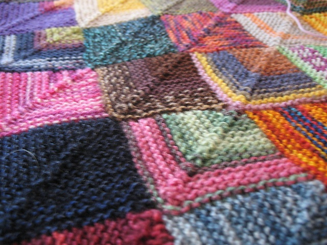 12 best images about Knitted squares on Pinterest Queen size blanket, Dips ...