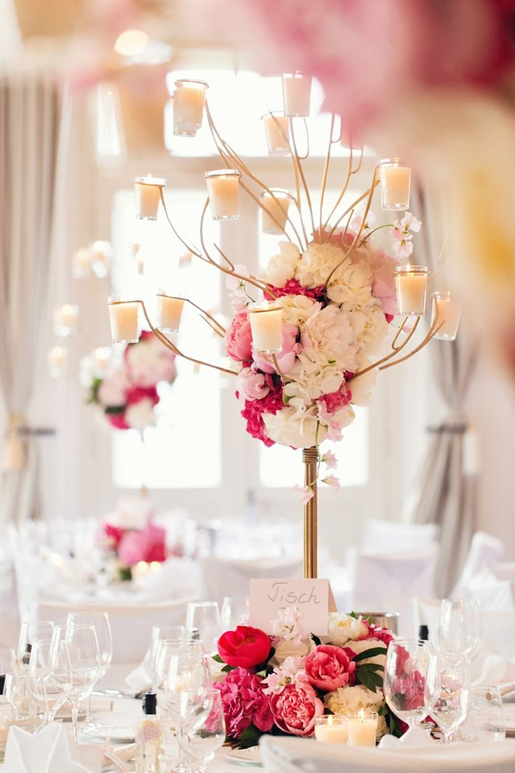 Photography by peachesandmint.com; event styling & design: Prime Moments; Wedding Schloss Maria Loretto; Wörthersee Austria #wörthersee #marialoretto