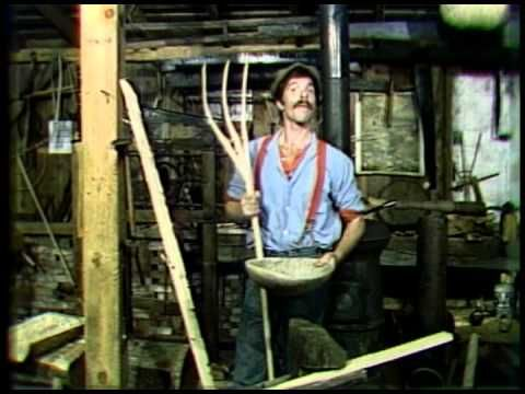 The Woodwright's Shop, S1 Ep10: Dough Bowls & Pitch Forks