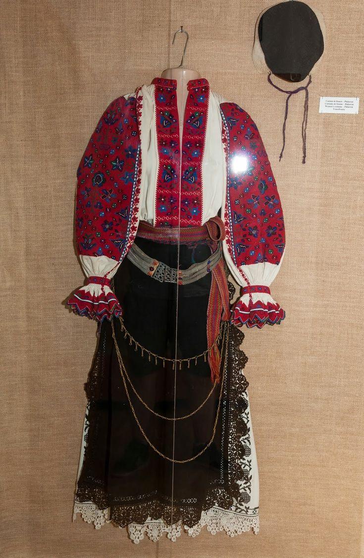 Simona's Journey!: Costum popular din Padureni