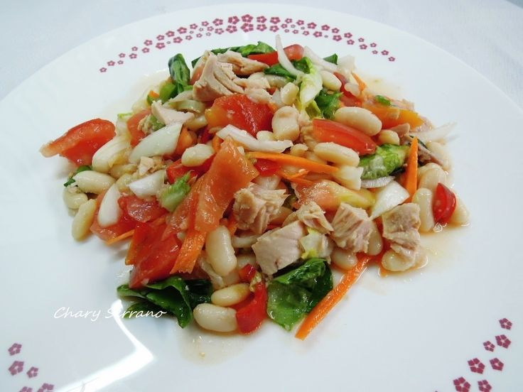 Una nueva recetas de legumbres, ideal para verano. Tiene todo lo necesario de nutrientes, es saciente y fresca. Y para rematar, se hace rápidamente, por lo que no tienes excusa para comer rico, sano y sin usar calor para cocinar. Ingredientes para 2 o...