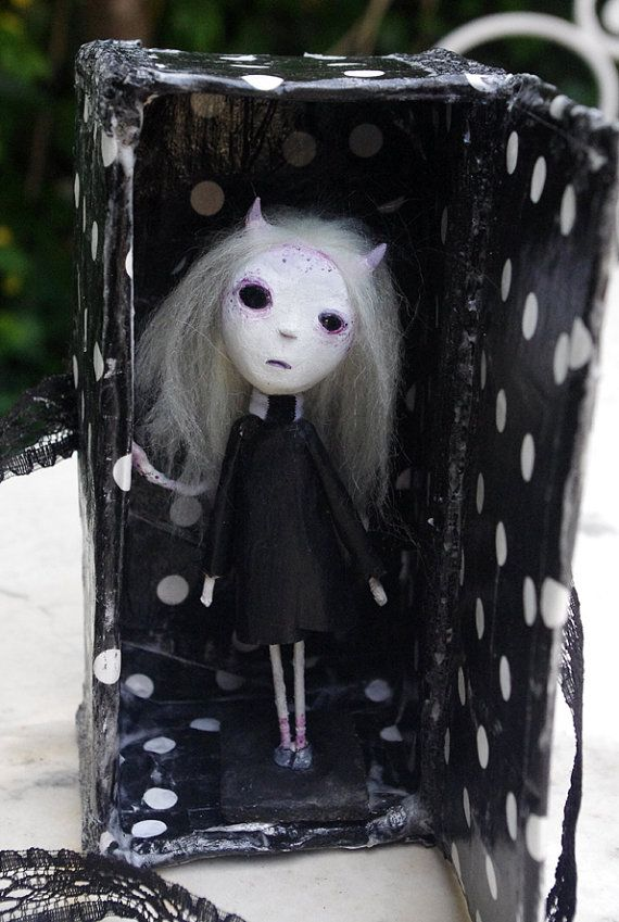 OOAK- Gothic Art Doll: Desazon, the demon of the sadness . Handmade figure, box and card with illustration