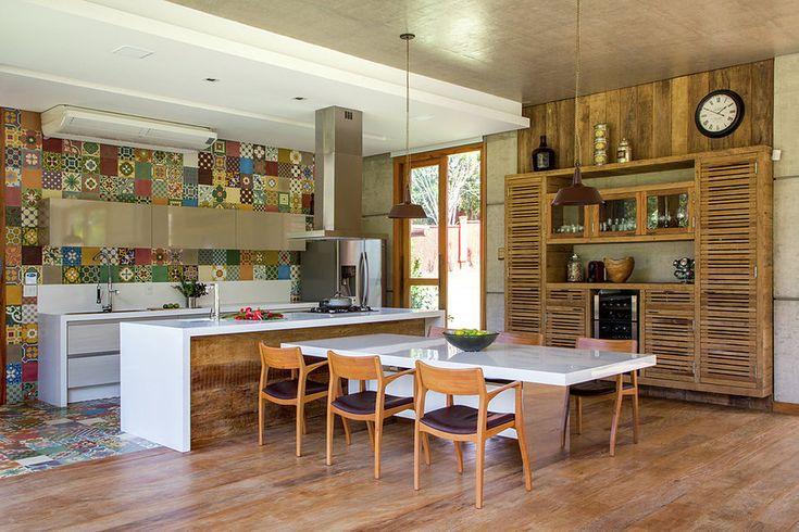 Бразильское бунгало 375 м2 от Elson Clemente de Oliveira в Juiz de Fora - Дизайн интерьеров | Идеи вашего дома | Lodgers