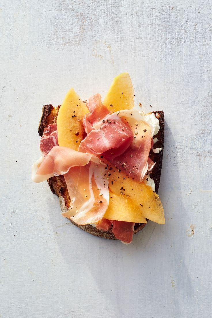 Prosciutto-Melon Toast /