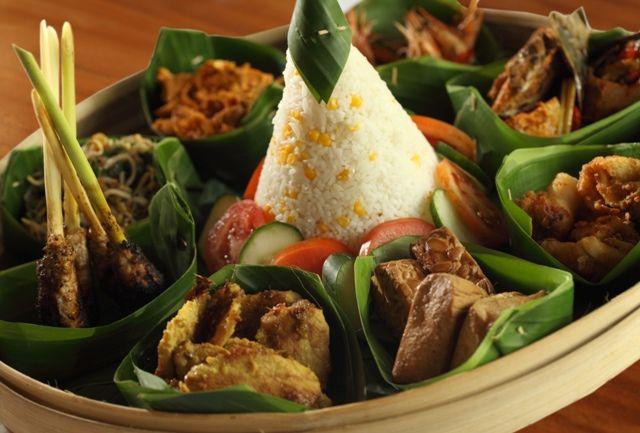 Enjoy special Megibung from Biyu Susu Restaurant and get more special offers only at Tonys Villas & Resort #Bali #Seminyak  #holiday  #honeymoon  #tonysvilla #balimagic www.balitonys.com