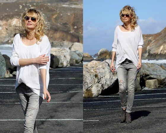 Get this look: http://lb.nu/look/8044876  More looks by Marzena Lewandowska: http://lb.nu/stellamonella  #denim #jeans #grey #worn #white #boots
