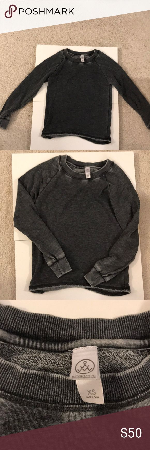 Alternative apparel grey faded sweatshirt Like new, this super soft sweatshirt is grey with a fading throughout and stitching at the bottom...this sweatshirt is great to throw on and makes a casual outfit just as cute with this on-a great staple! Alternative Apparel Tops Sweatshirts & Hoodies