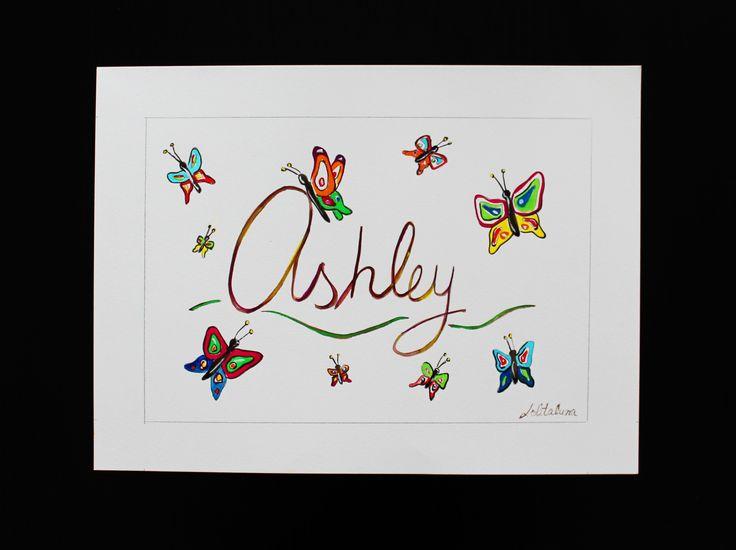 """Cuadro """"Mariposas"""" con el nombre personalizado.  Puedes encargarlo en nuestra página web:  http://www.lolitalunakids.com/es/product/modelo-mariposas"""