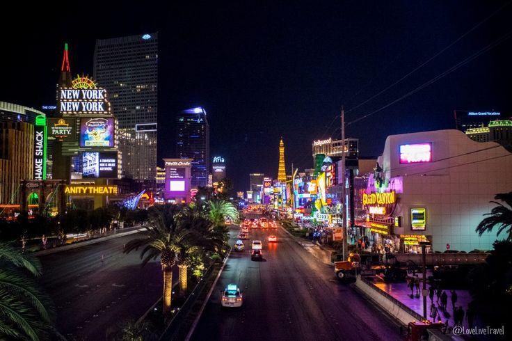 Las Vegas strip panneau Nevada Road trip USA blog voyage LoveLiveTravel