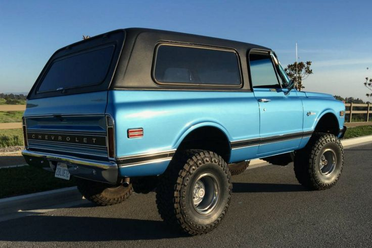 This 1972 Chevrolet K5 Blazer has reportedly been with the seller for 15 years, during which time they've restored it to a good looking but usable, function-first standard--the seller is emphatic that it's been built for taking to the mountains and driving in snow or off-road, and not as a