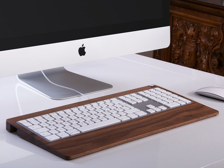 Woody's Wired MonoTray is a precision-crafted carrier for your wired numeric aluminum keyboard. http://www.zocko.com/z/JHNJu