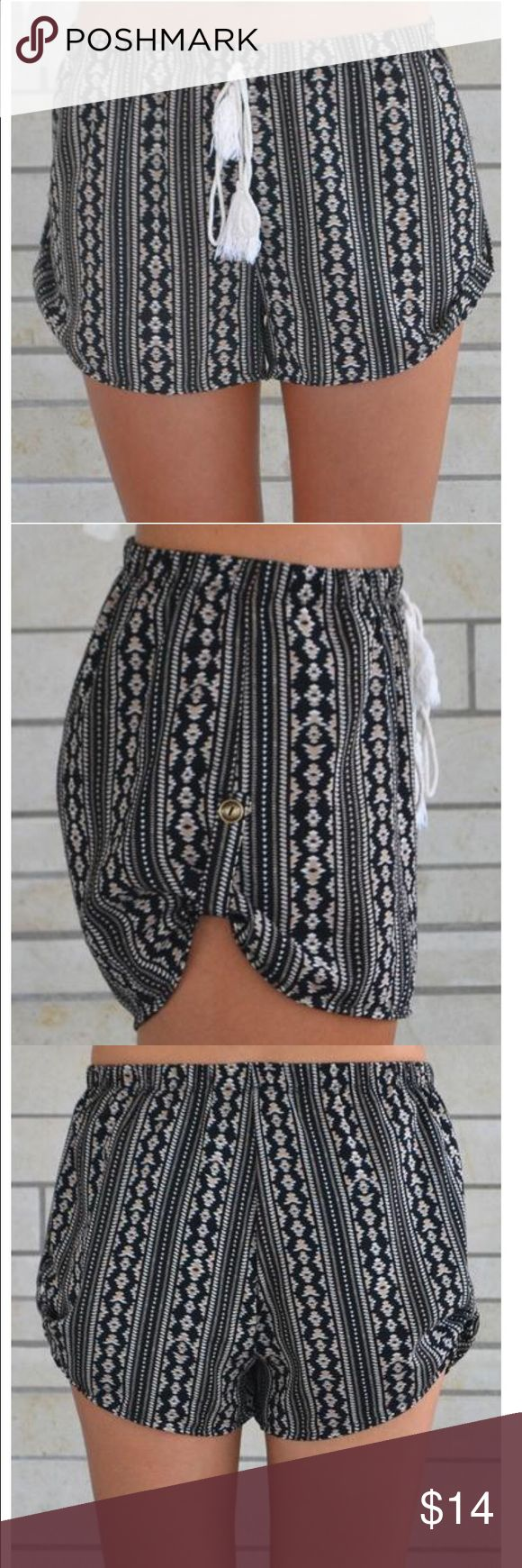 Aztec Print Shorts Shorts with side button Shorts