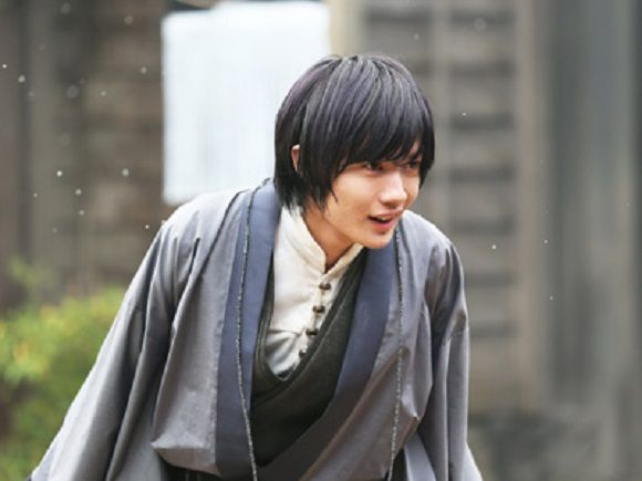 Costars rave about Ryunosuke Kamiki's dedication to his role in upcoming Rurouni Kenshin films