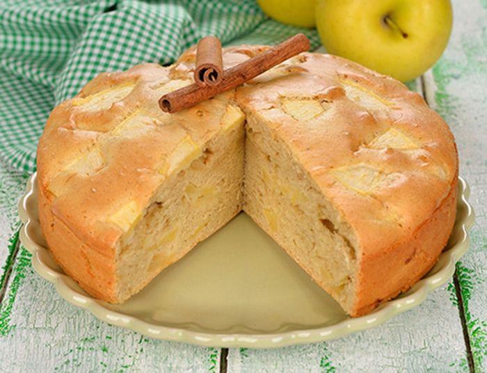 Torta de Manzana Te enseñamos a cocinar recetas fáciles cómo la receta de Torta de Manzana y muchas otras recetas de cocina.