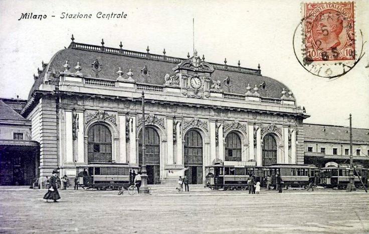 Postcard - Old Milan Central Station, Main hall