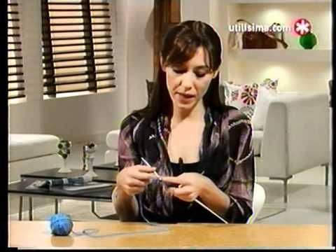 Participacion de Paula Mengual en el programa Basicos (Utilisima) en el año 2010, donde enseña a tejer a 2 agujas una capa con el punto vainilla