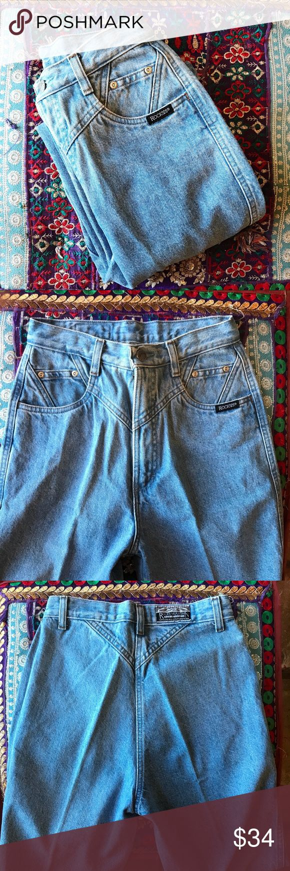 Rockies Vintage Mom Jeans High waisted Rockies vintage mom jeans  Great condition -pre loved  No back pockets  Button and zipper in great condition 100% cotton  Size 27/5 Inseam: 36  Rise: 14.5 Waist: 12.5  Leg opening: 7.5 rockies Jeans Straight Leg