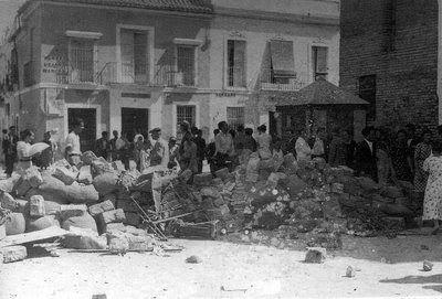 Sevilla, barricada plaza san Marcos 22 julio 1936