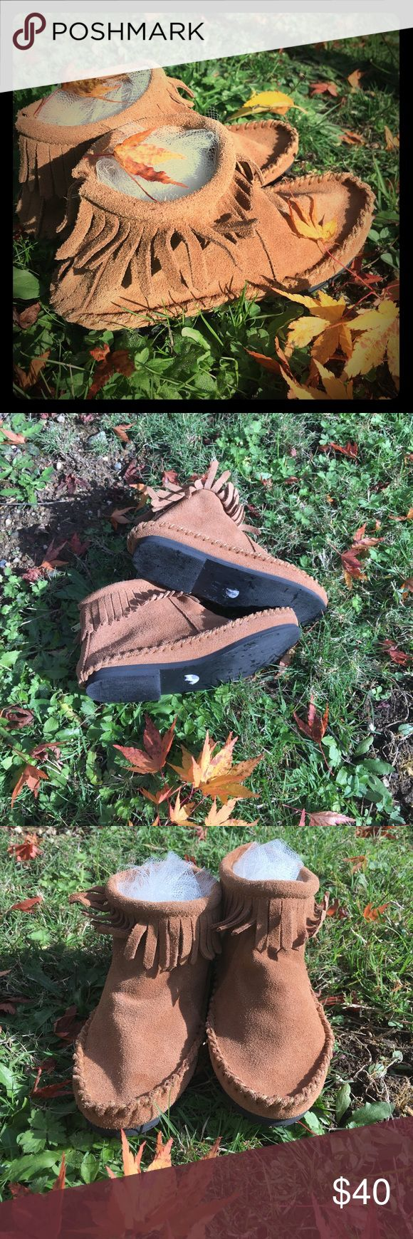 Girls Mini Boden Moccasins🍁🍂💫 Cute little girls moccasins. Good used condition. Nordstrom Mini Boden brand, genuine brown leather/suede. Euro size 29, which is 11.5 US. Mini Boden Shoes Moccasins