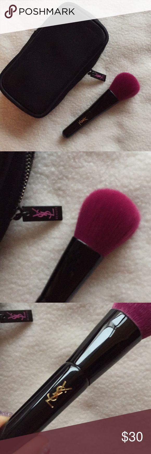 YSL makeup brush + mesh bag Ysl makeup, Makeup brushes